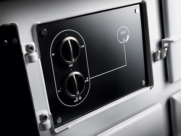 AGA_Dual Control Panel_02