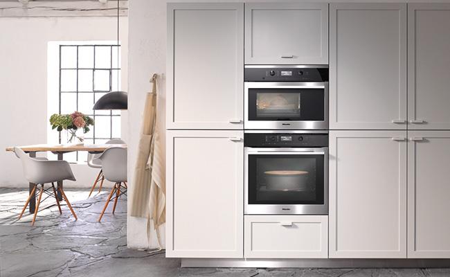 miele contourline steam combi oven DGC6300 lifestyle med res